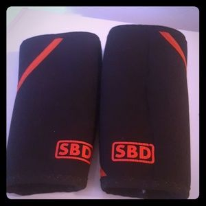 SBD knee sleeves, size small